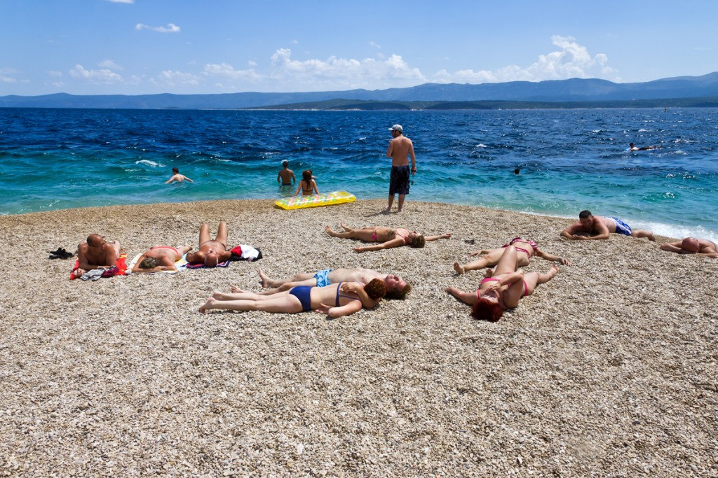 On_the_tip_of_Zlatni_rat_-_view_to_the_sea