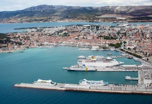 Port_of_Split_from_the_air_1