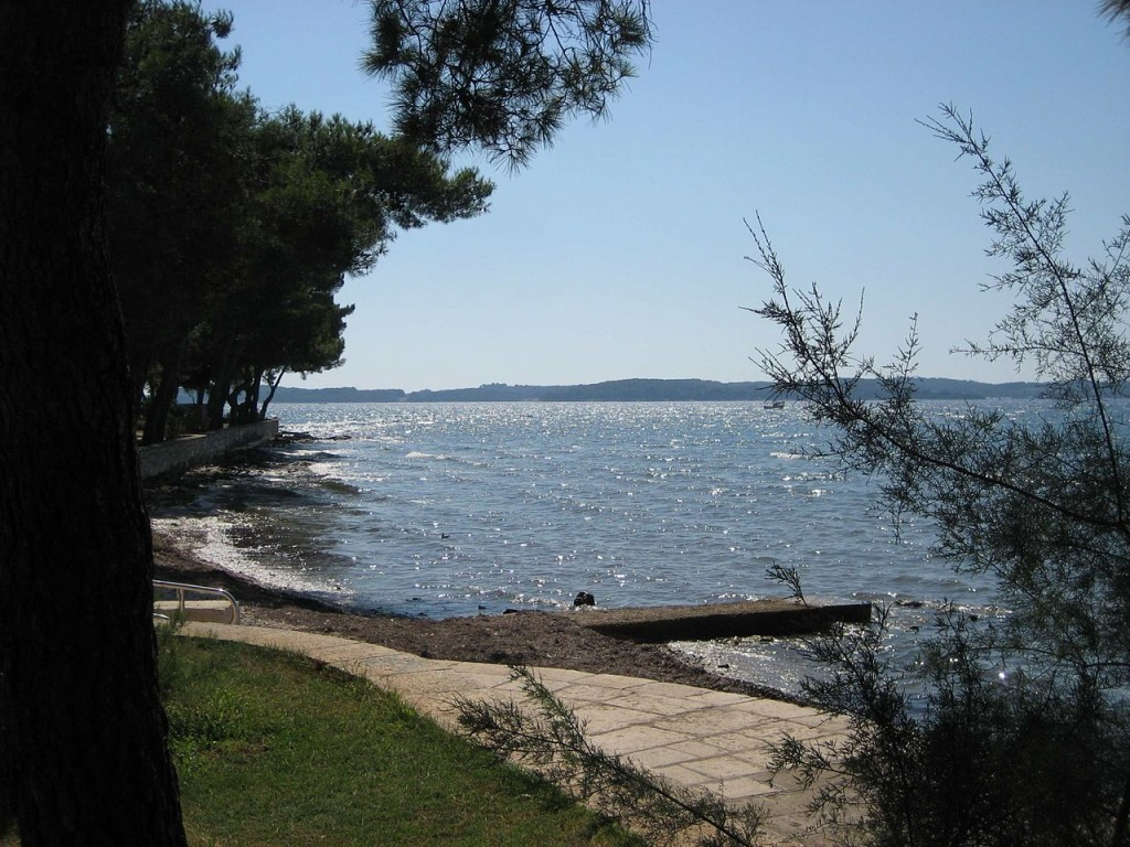 1280px-view_to_theveliki_kornat_from_fazana_croatia